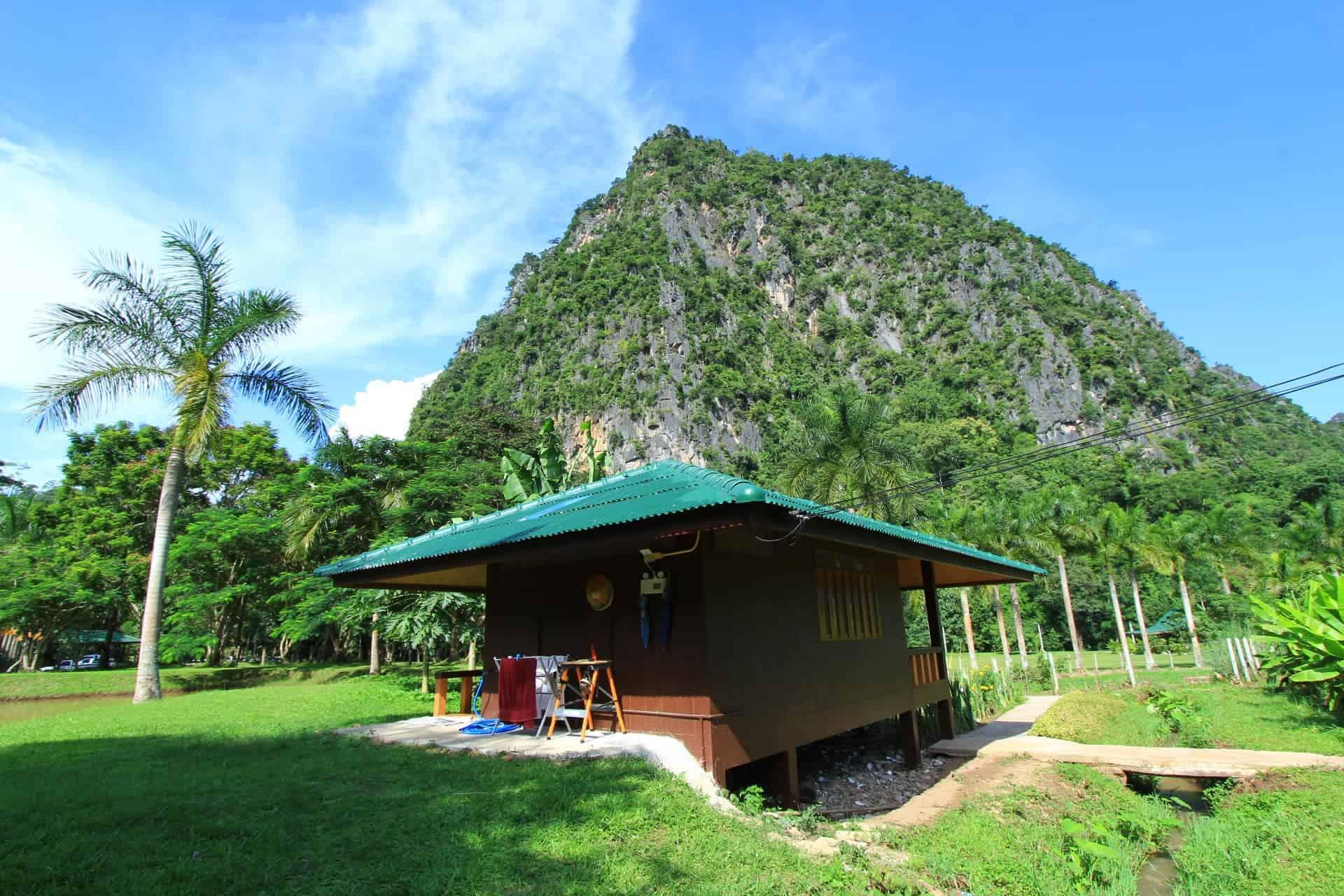 Bungalo Wat Pa Tam Wua vienuolyne